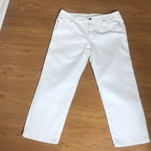 DKNY White Jeans STRETCHY Size 14 Straight Leg